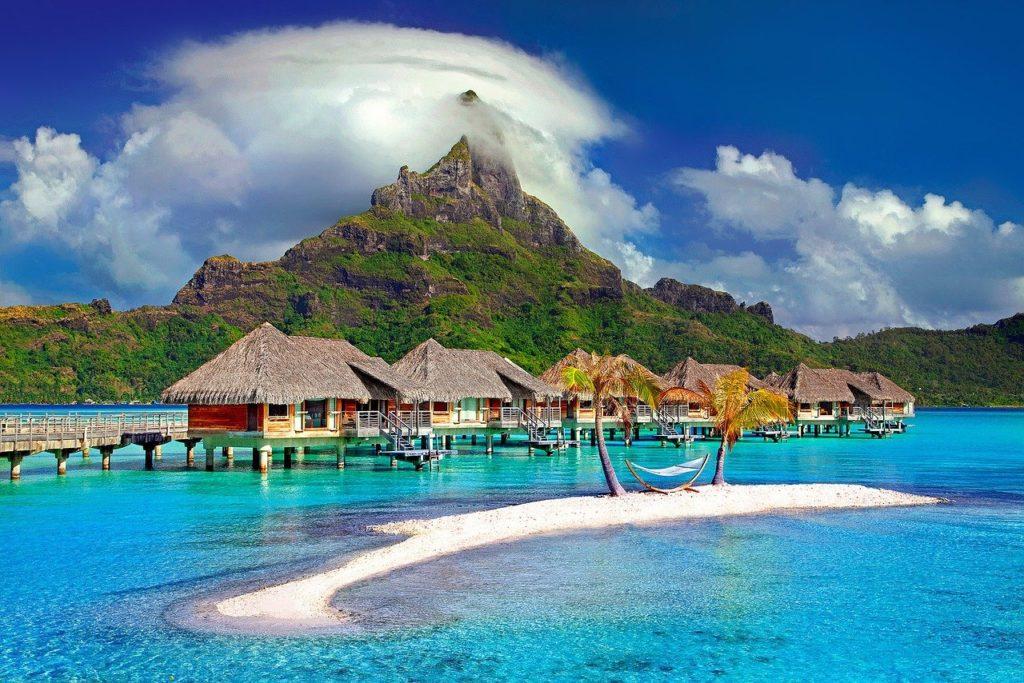 リゾートバイト 観光 稼ぐ お金 貯まる