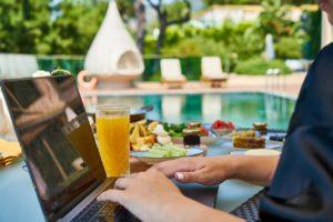 リゾートバイト 派遣会社 比較 特徴