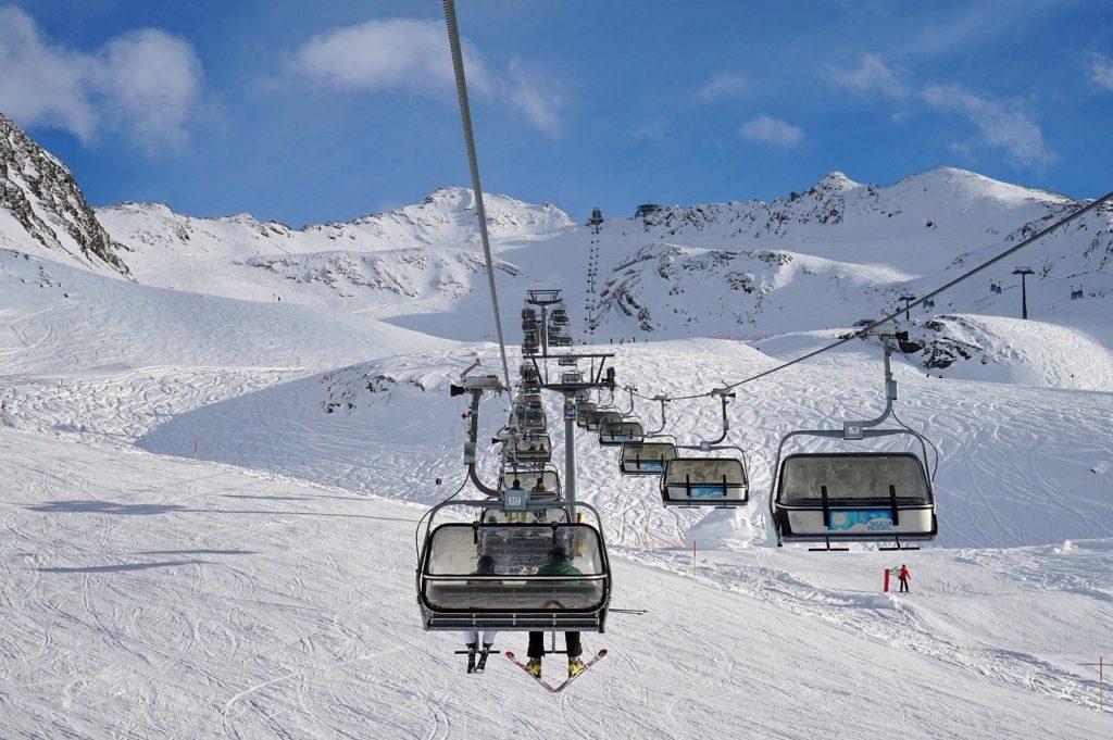 リゾートバイト スキー場 北海道 ニセコヒラフ
